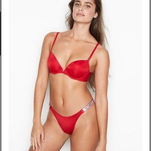 Sexy Illusions by VS
